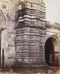Close view of base of north minaret of the Bibiji Mosque at Rajapur Hirpur, Ahmadabad